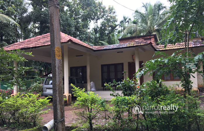 17 Cent Land with  3 BHK House For Sale Near Pulpally, Wayanad @ 30 lakh