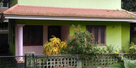 House for Sale in Manappady Bus Stop Main Road (Near Pavaratty Church), Thrissur