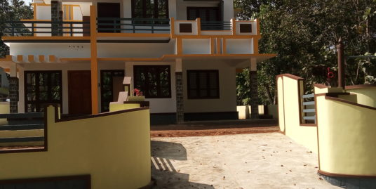 4 attached bedroom villa in 10 cent of land for sale near panayil temple Nooranad, Alappuzha