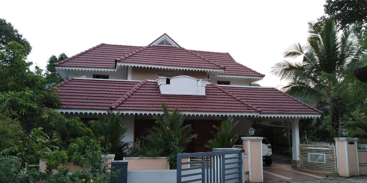10 cent and 2860 sq feet house For Sale at Anakkal