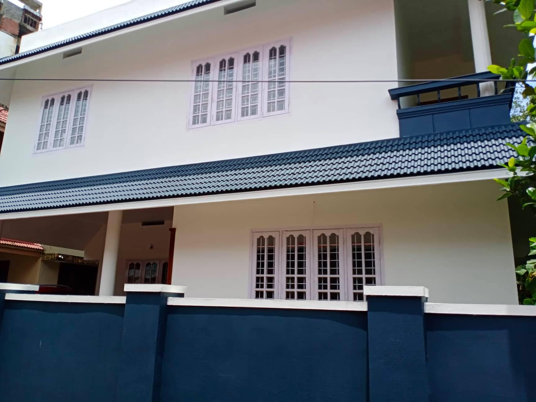 4 BEDROOM HOUSE FOR SALE @ VENNALA, KOCHI