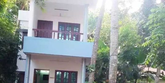 10 Cent Plot and 4 Bhk House for Sale near G H S S Thonnakkal, Thiruvananthapuram