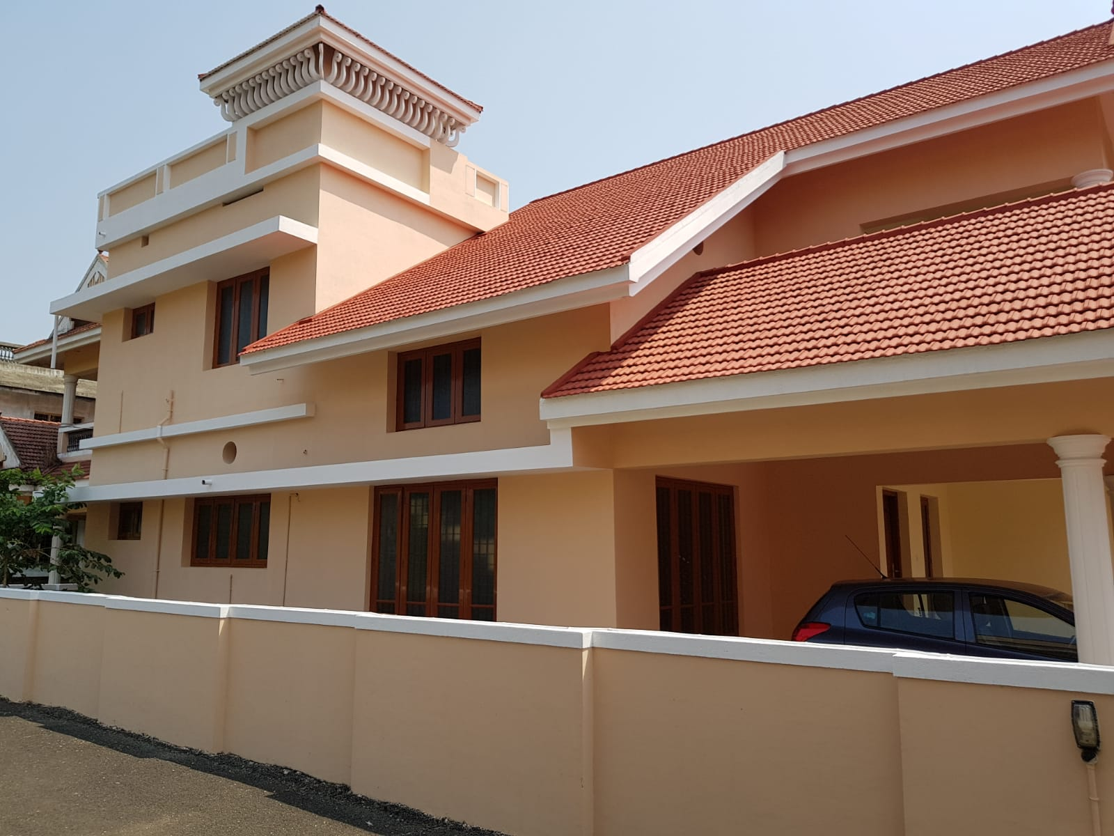4 BedRoom villa in Gated Compound For Sale at Thripunithura