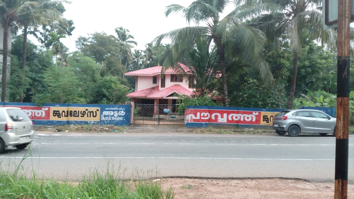 New Two Storied Villa for Rent,  MC Road side Paranthal Junction, Pandalam – Adoor Route, Pathanamthitta