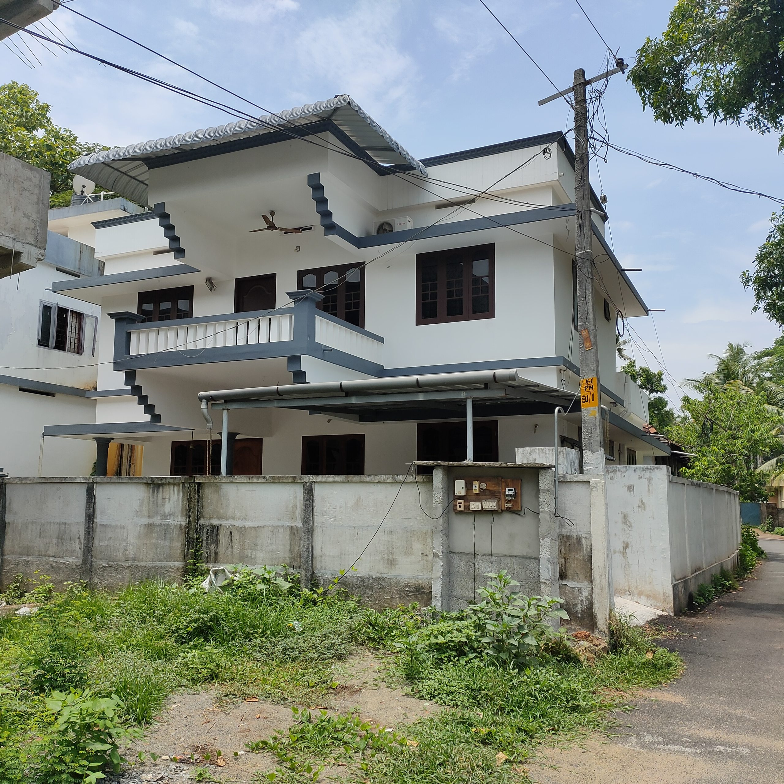 (Urgent Sale) 5BHK house for sale or exchange in Kodungallur