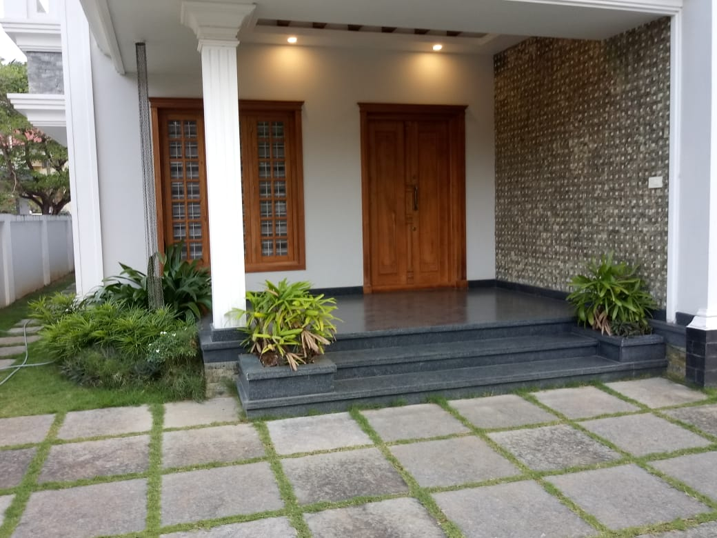 4 BHK New House For Sale at Kuttanellur, Thrissur