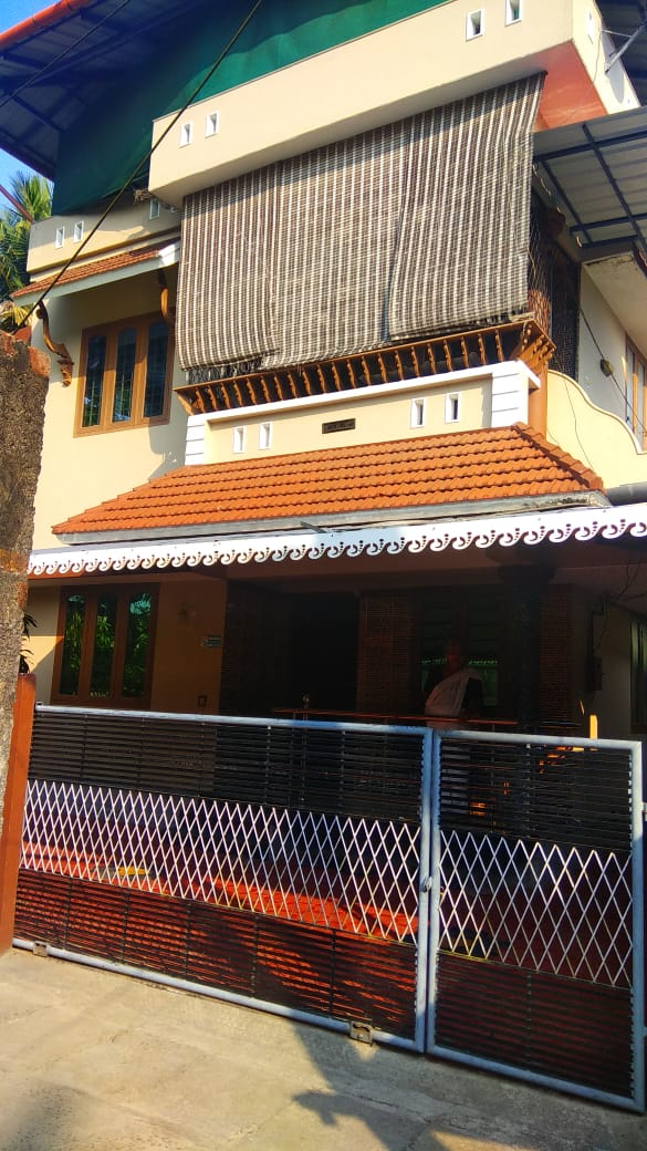 4 BHK 2 Story House for sale at Eloor,  Ernakulam,  Kerala
