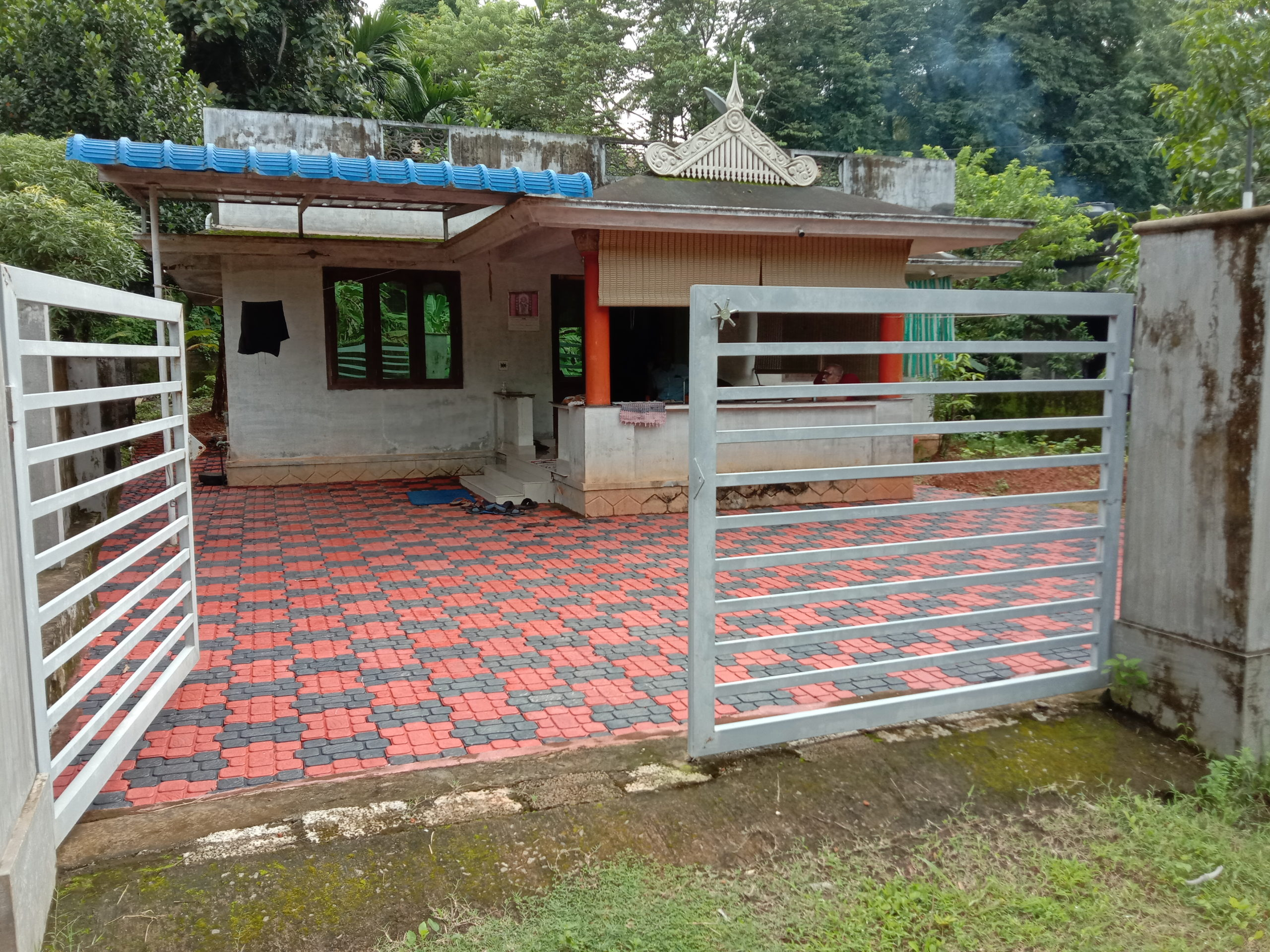 Three bedroom house for Sale at Kaduppassery, Thrissur,  Kerala