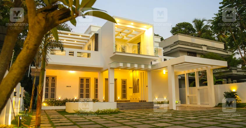 4 Bhk Fully Furnished 3800 Sqft Newly Built House In 15 Cents For Sale At Elthuruth, Thrissur
