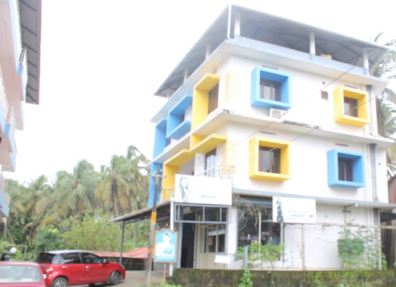 COMMERCIAL BUILDING FOR SALE AT PATTIKKAD