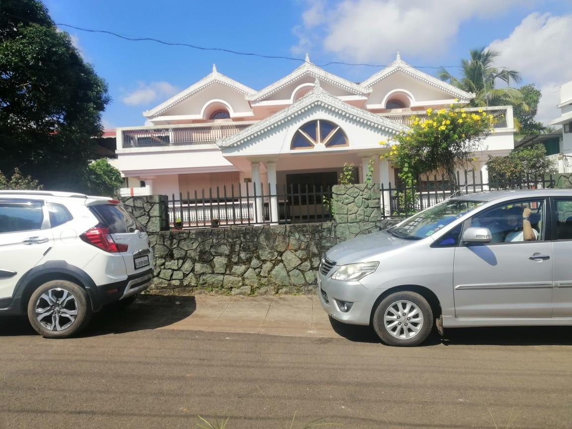 4 bhk fully furnished house for sale in irinjalakuda