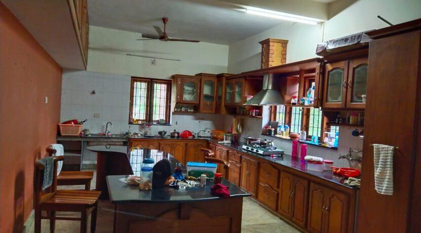 5 bhk house kolazhy 50 cent