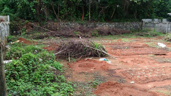 4.5 cent Land for sale in Avenue Road Thrissur.