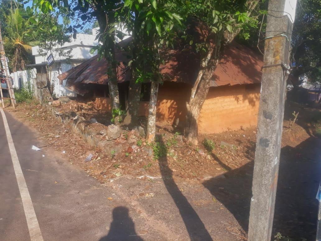 10 cent, Plot For Sale Near  National highway Navaikulam ,near Kallamballam in Trivandrum