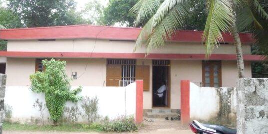 House for sale near Othara Vayanashala, Othara west, Pathanamthitta