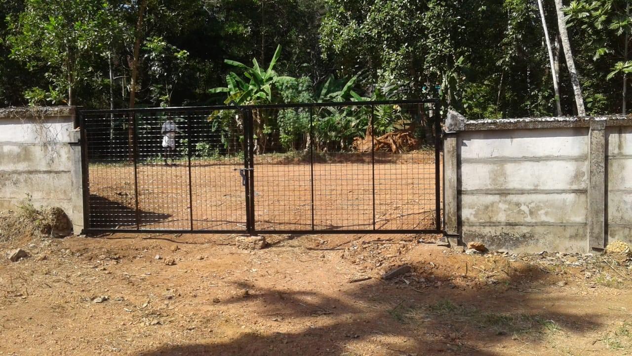 Residential plots at Valiyaparambu, Mala