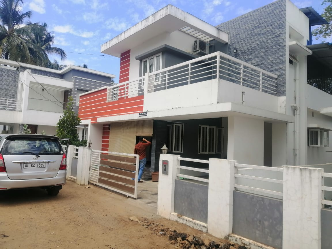 3 bhk fully furnished house for sale in Koorkenchery .
