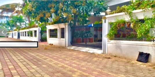 Mather Gables-Gated Community, Luxury Villa for sale Near Lulu MAll, Kochi. Ready to move in