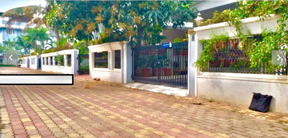 Villa-Entrance View