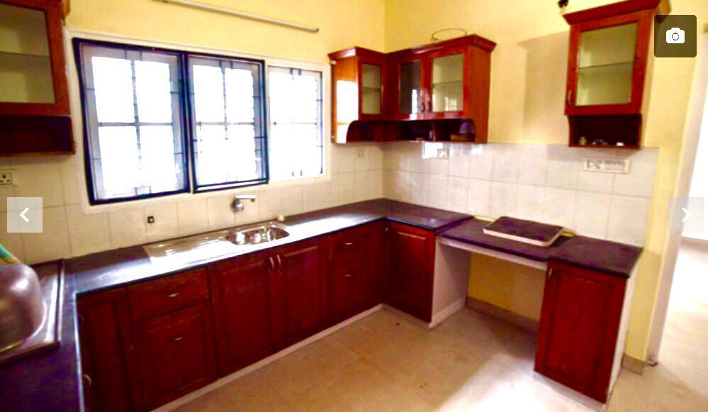 Villa-KitchenView1